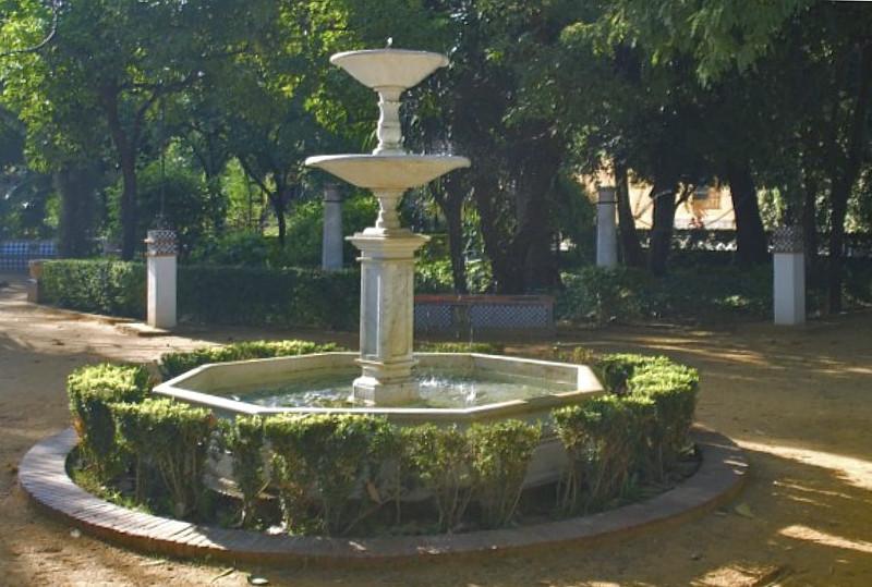 Fuente central de los jardines de murillo asociaci n amigos de los jardines de la oliva - Los jardines de lorca ...