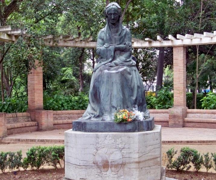 Monumento erigido en el año 1929 a la Infanta María Luisa de Borbón.