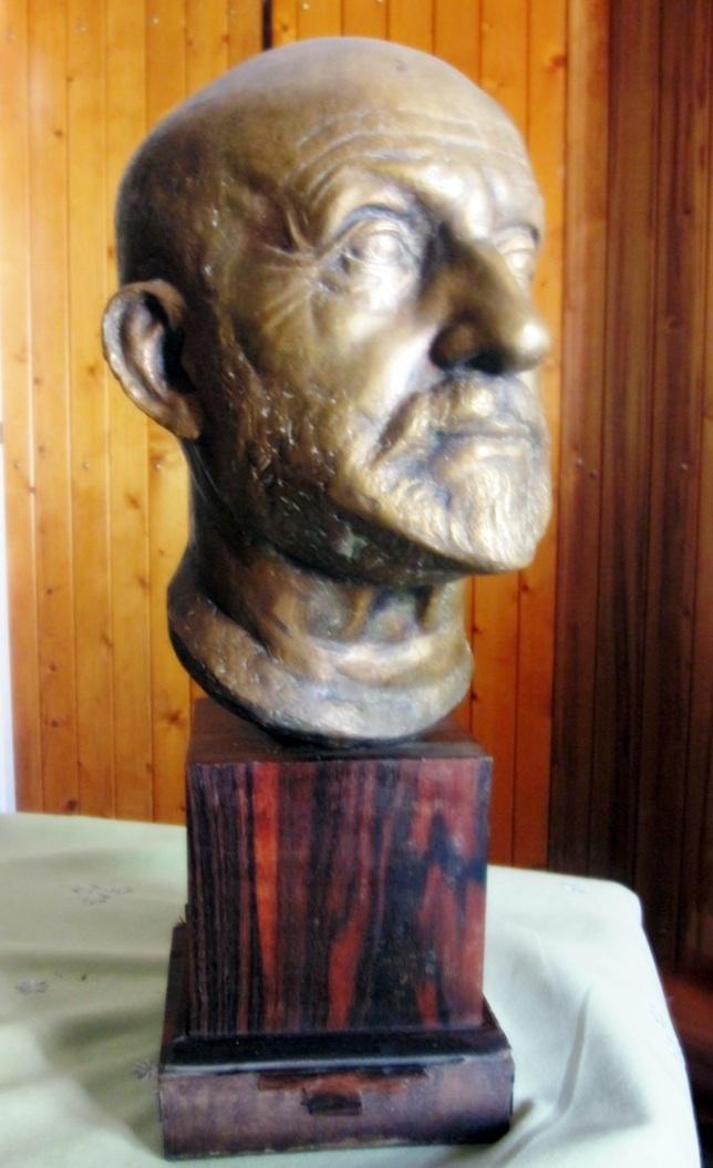 Busto de JCN Forestier