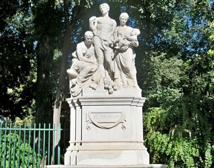 En este conjunto se representa al hombre con su familia que mantiene gracias a su trabajo