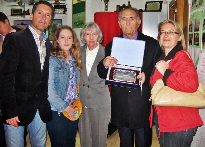Francisco García Moreno, con parte de su familia.