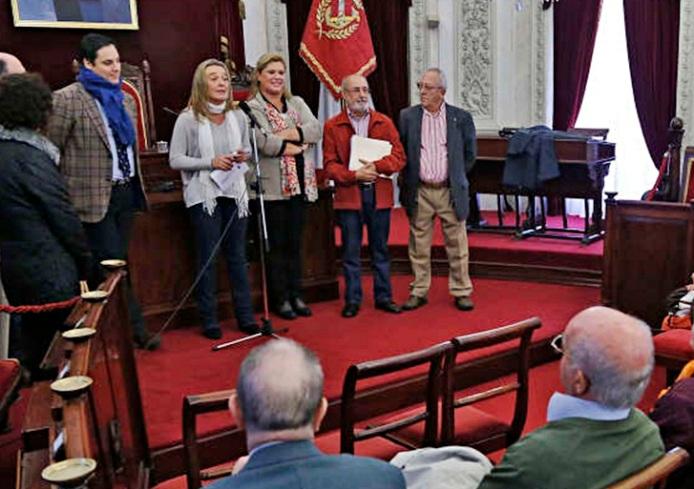 Recepción en el Salón de Plenos del ayuntamiento de Cádiz.