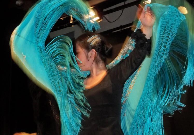Cuando la mujer japonesa siente el flamenco.