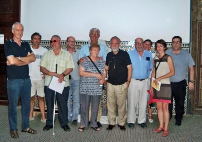 Adolfo Fernández, con algunos de los representantes que acudieron a esta reunión.