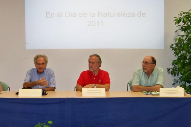 Nuestra felicitación a Afolfo Fernández Palomares por su nombramiento como Director General de Parques y Jardines. Hacemos votos para que lo dejen trabajar.