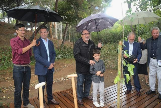 El baobab fue apadrinado por el niño Mario Álvarez Garrido.