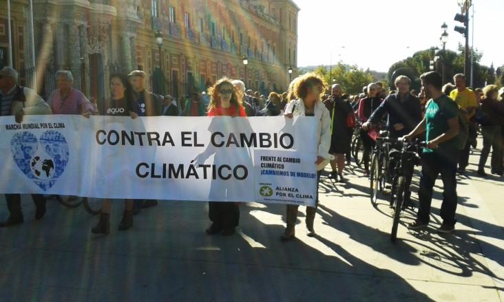 """Marcha por el clima frente al """"Cambio Climático"""""""