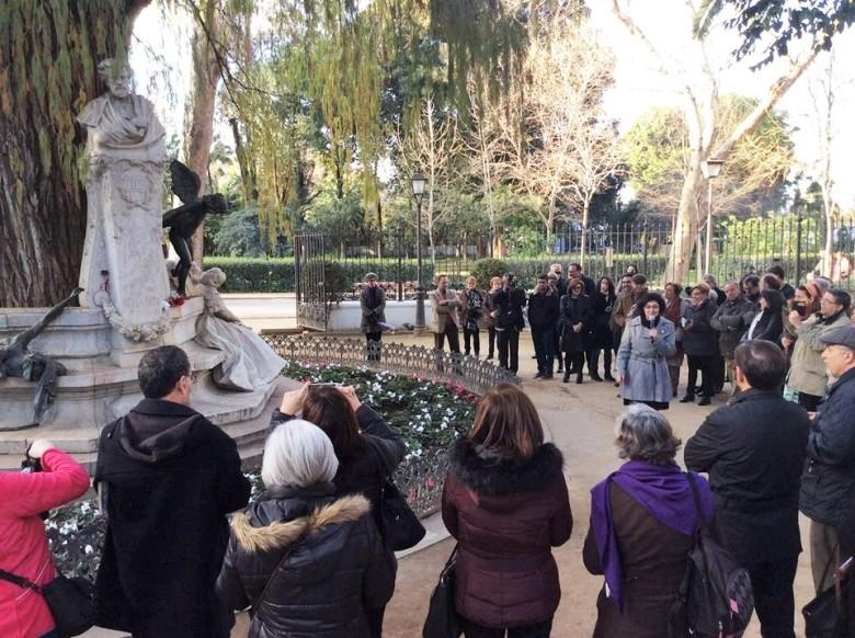 Pilar Alcalá recitando las rimas de Bécquer