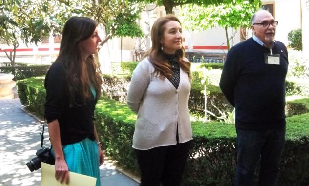 Valme Muñoz Rubio, directora del Museo de Bellas Artes de Sevilla da la bienvenida a los numerosos asistentes.