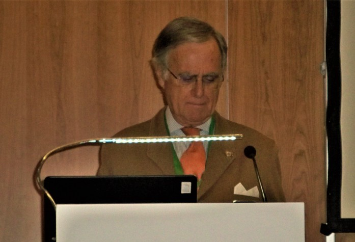El profesor José Francisco Ballester-Olmos y Anguís.